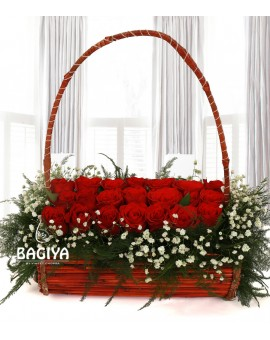 HANDLE BASKET OF 21 RED ROSES
