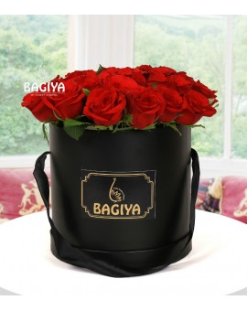 30 RED ROSES BLACK BOX
